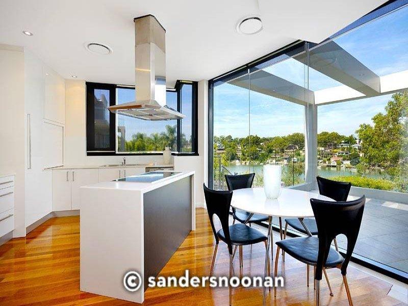 Modern island kitchen design using hardwood - Kitchen Photo 374785