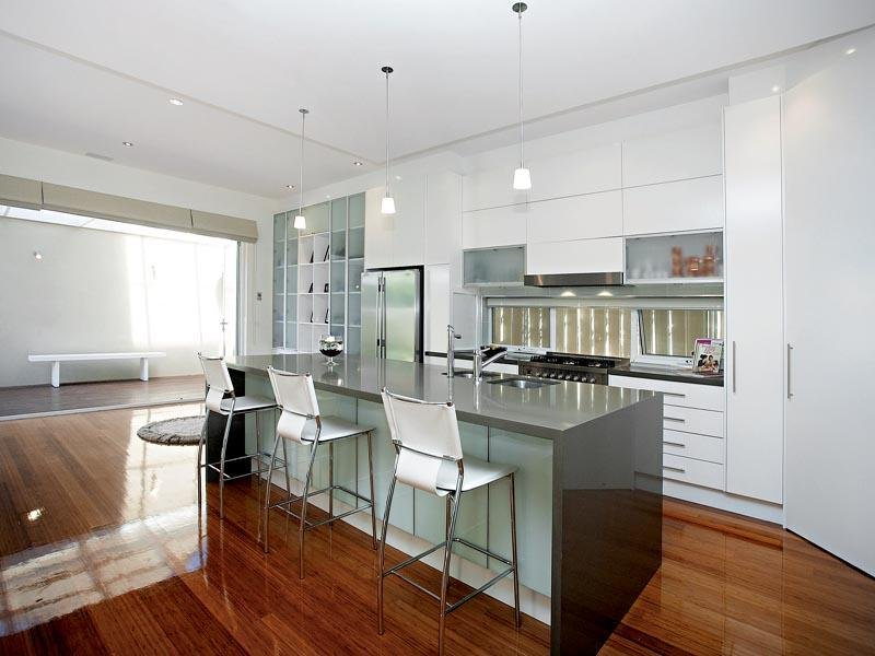 Pendant lighting in a kitchen design from an Australian home - Kitchen Photo 343394