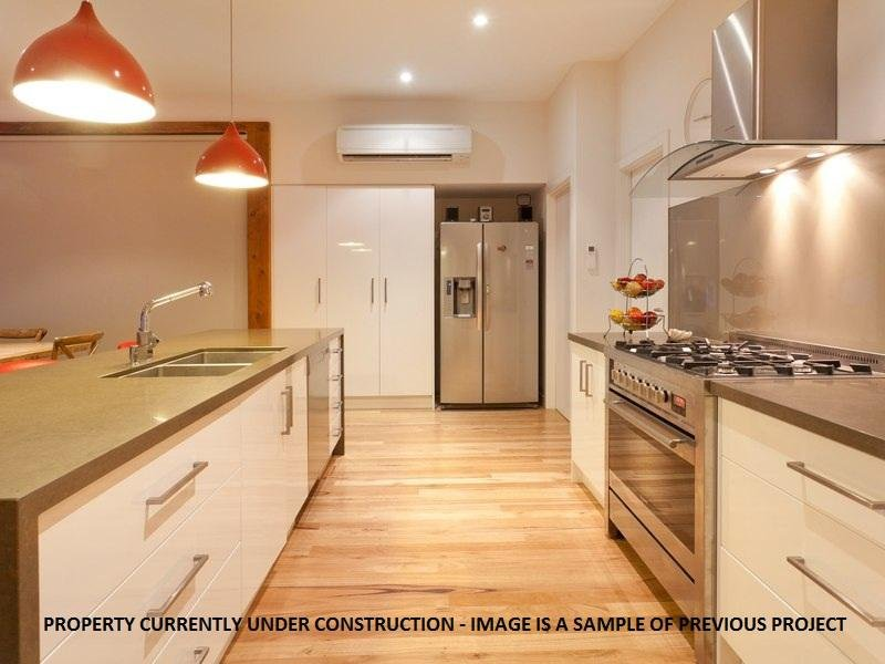 Modern Galley Kitchen Design Using Granite Kitchen Photo 947765