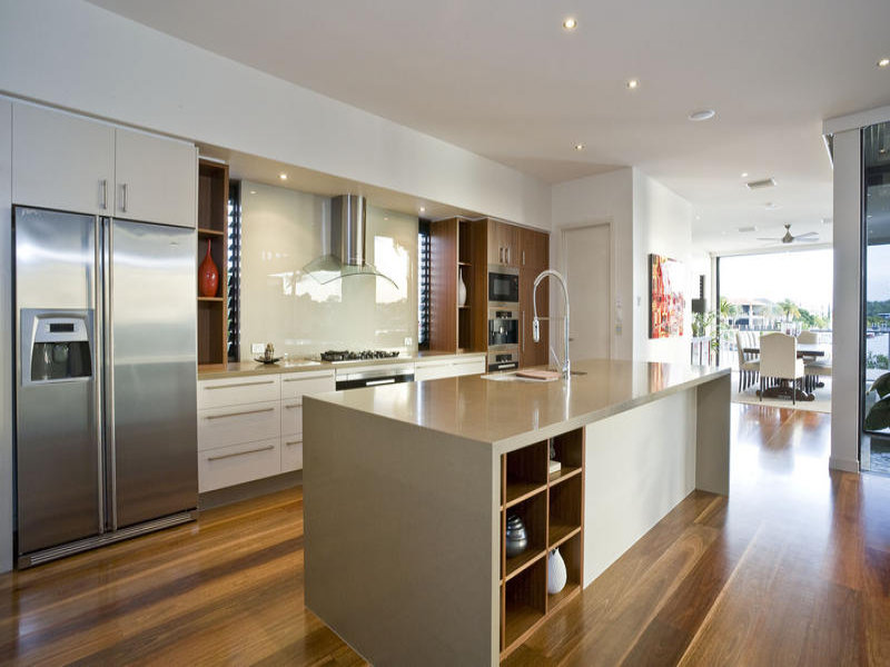 Modern kitchen dining kitchen design using floorboards for Galley kitchen designs australia