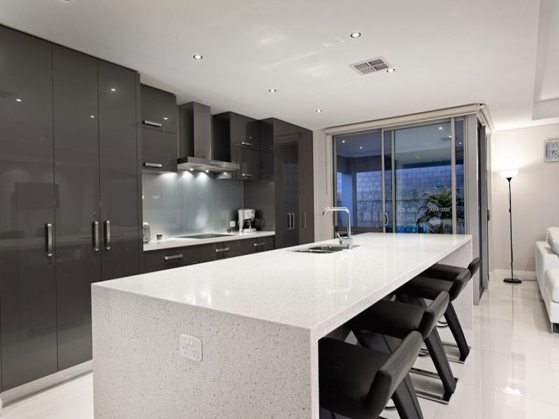 Down Lighting In A Kitchen Design From An Australian Home Kitchen Photo 295628