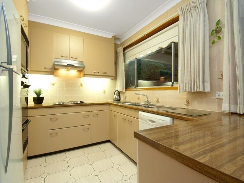 Laminate In A Kitchen Design From An Australian Home   Kitchen Photo 709363