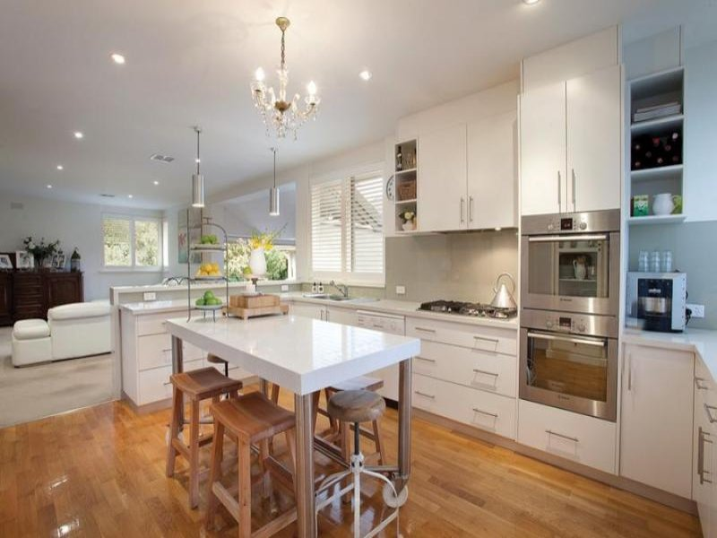 French Provincial Kitchen Dining Kitchen Design Using