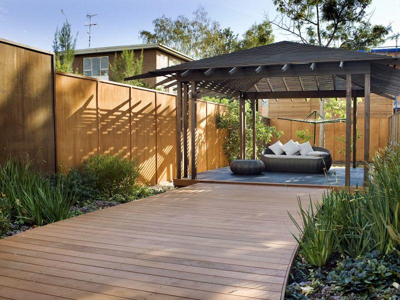 Outdoor living design with deck from a real australian for Living area design ideas