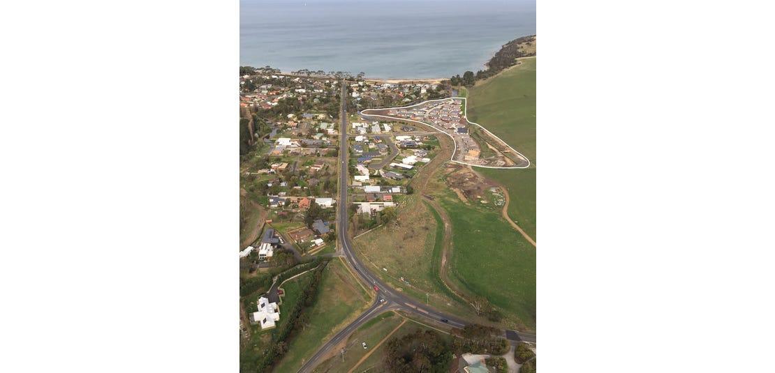 11 Coastal Drive, Seven Mile Beach, Tas 7170