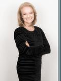 Robyn Rose, Fletchers - Broadwater