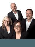 Vaughan Kirsty & Andrew, Roberts Real Estate - Tamar Valley