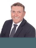Perry Brosnan, Professionals - John Henderson