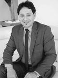 Pat Schinella, Agency Avenue Schinellas