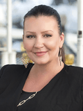 Michelle Coxeter, Ray White Main Beach -