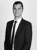 Brendan Peters, Di Jones North Shore - WAHROONGA