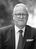 Wayne Baker, Ray White  - Geelong