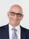 Simon Radolnik, Gary Peer & Associates - Caulfield North