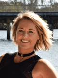 Rachel Meyers, Ray White - Bli Bli