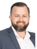 Bernard Pols, Raine & Horne - Terrigal-Avoca Beach
