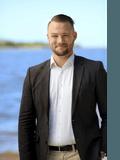 Liam Anlezark, Ray White - Noosa River