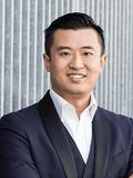 Aaron Chen 中文服务
