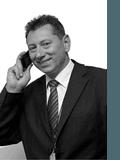 Tony Minopoulos, Ray White - Craigmore (RLA 157332)