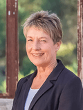 Jane Ahern, Luton Properties - Dickson