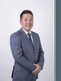 Johnson Chen, Aus Fortune Group - WEST END