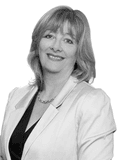 Carol Jennings, Raine & Horne - Terrigal-Avoca Beach