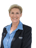 Julie Gale, Roberts Real Estate - Ulverstone