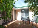 9A Redwood Cres, Melville, WA 6156