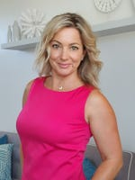 Angela Ellenis