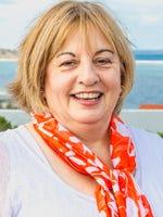 Joanne Dean