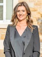 Julie Bakasetas