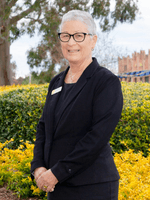 Carolyn Wallis-Tomlins