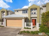 3/236 Queen Street, Southport, Qld 4215