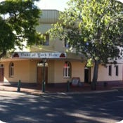 Duke of York Hotel, 34  Federal Street, Narrogin, WA 6312