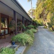 Tabbara Lodge, 27 Marlo Road, Marlo, Vic 3888