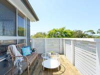 60 Blackman Parade, Unanderra, NSW 2526