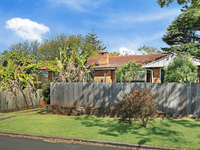 8 Strong Street, South Toowoomba, Qld 4350