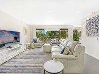 9/2 Admiralty Drive, Paradise Waters, Qld 4217
