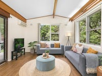 11 Margaret Avenue, Hornsby Heights, NSW 2077
