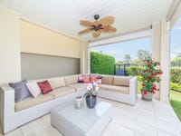 2121/1 The Vistas Drive, Carrara, Qld 4211