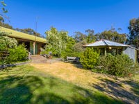 298 Scobles Road, Drummond, Vic 3461