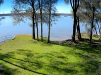 36 Cove Boulevard, North Arm Cove, NSW 2324