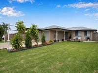 8 Peacock Place, Marian, Qld 4753