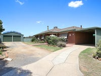 6 Campbell Court, Burrumbuttock, NSW 2642