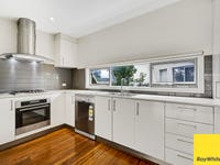 18/1 Clearwater Rise pde, Truganina, Vic 3029