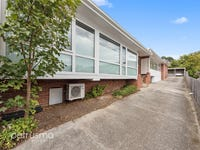 2/3 Watkins Avenue, West Hobart, Tas 7000