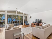 2/77 Kent Gardens, Soldiers Point, NSW 2317