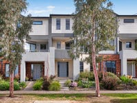 12/10 Mickleham Drive, Cranbourne North, Vic 3977