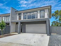 19 Lucia Crescent, Mount Clear, Vic 3350