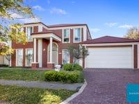 17 Cobblestone Green, Caroline Springs, Vic 3023