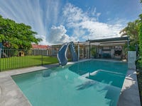 32 Collins Crescent, Benowa, Qld 4217